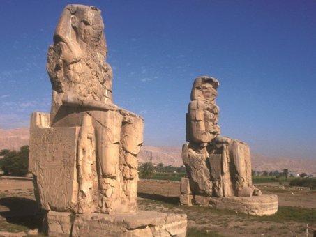 Memnon-kolosszusok