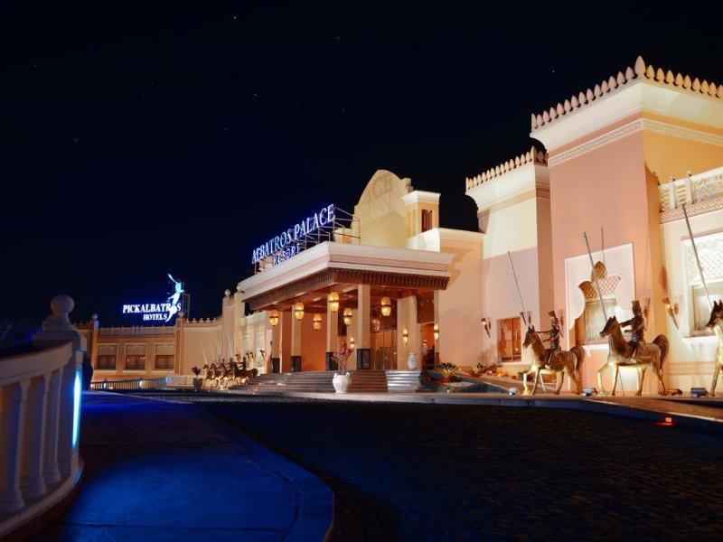 Albatros Palace Resort - 1 Popup navigation